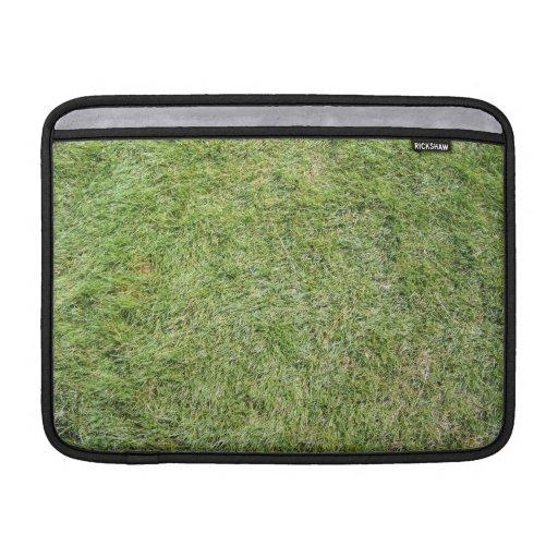 Textura fresca corta de la hierba verde fundas macbook air