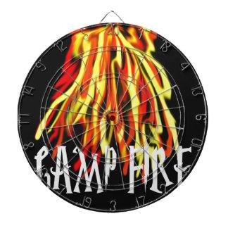 Textura fresca de los ricos del fuego del campo tabla dardos