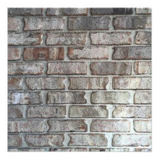 """Textura gris del fondo de los ladrillos del Grunge Invitación 5.25"""" X 5.25"""""""
