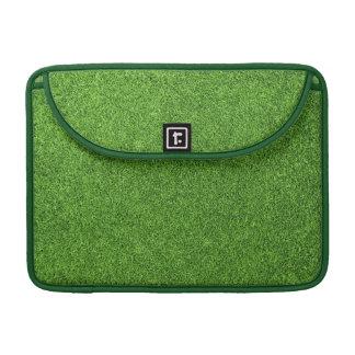Textura hermosa de la hierba verde del campo de go fundas para macbook pro