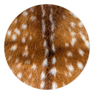 """Textura manchada de la piel de los ciervos invitación 5.25"""" x 5.25"""""""