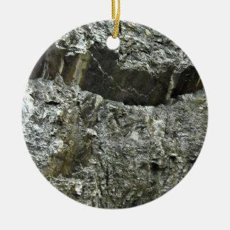 Textura mojada de la roca adorno redondo de cerámica