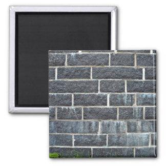Textura negra de la pared de ladrillo iman de nevera