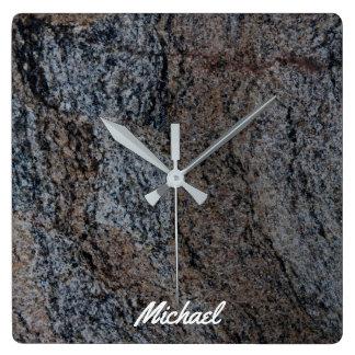 Textura negra roja de piedra del granito reloj cuadrado