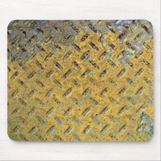 Textura oxidada amarilla de la pisada del metal tapete de raton