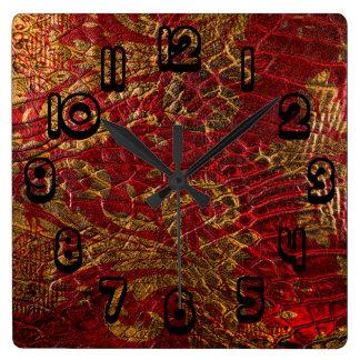 Textura roja del cuero del oro del Grunge Relojes De Pared
