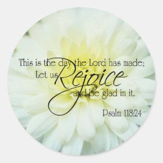 Textured Chrysanthemum Psalm 118:24 Classic Round Sticker