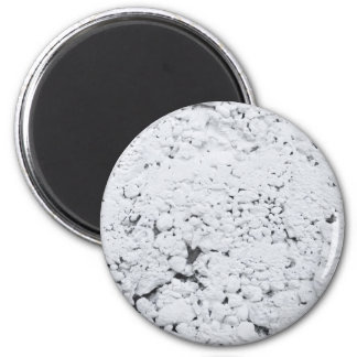 textured white wall magnet