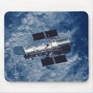 TGV del telescopio espacial de Hubble Alfombrillas De Raton