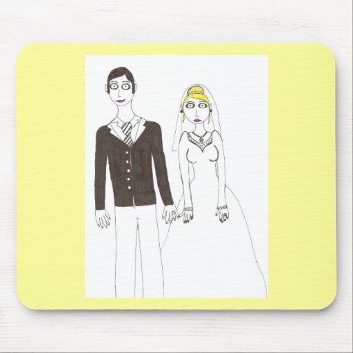 Th creepy wedding 2 mousepad