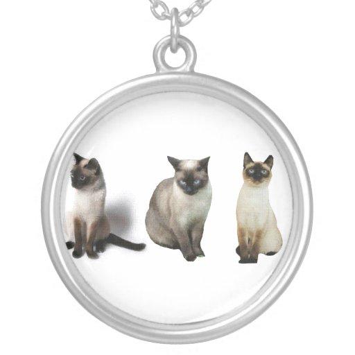 Thai cats round pendant necklace