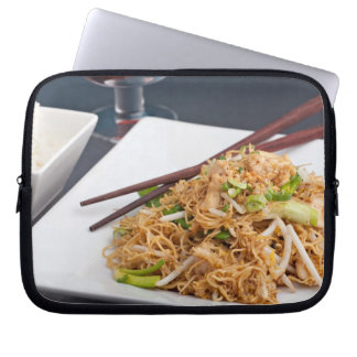 Thai Food Lo Mein Noodles Dish Computer Sleeve