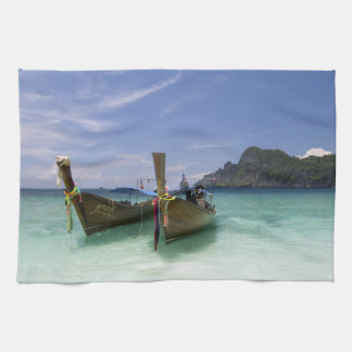 Thailand, Phi Phi Don Island, Yong Kasem beach, Kitchen Towels