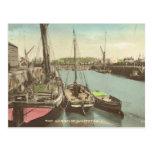 Thames barges adentro el puerto de Whitstable Postal