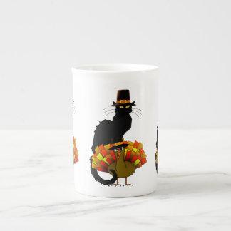 Thanksgiving Le Chat Noir con el peregrino de Taza De Porcelana