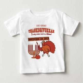 'Thanksgivukkah festivo Tshirts