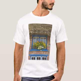 Thatched cottage, Adare, County Limerick, T-Shirt
