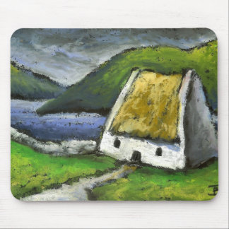 Thatched cottage mouse pad