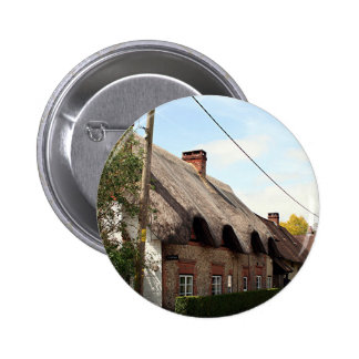 Thatched cottage United Kingdom 13 Buttons