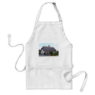 Thatched cottage, United Kingdom 6 Adult Apron