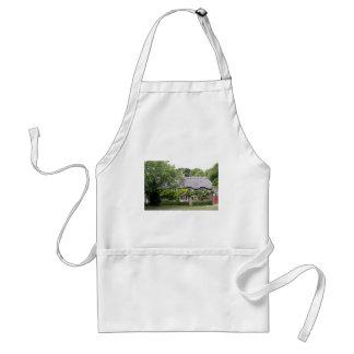 Thatched cottage, United Kingdom 7 Adult Apron