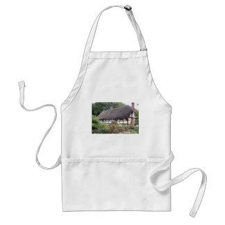Thatched cottage, United Kingdom 8 Adult Apron