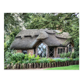 THATCHED COTTAGES POSTCARD