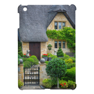 Thatched roof cottage iPad mini case