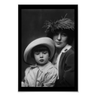 Thaw, Evelyn Nesbitt and Son by Arnold Genthe,1913 Poster