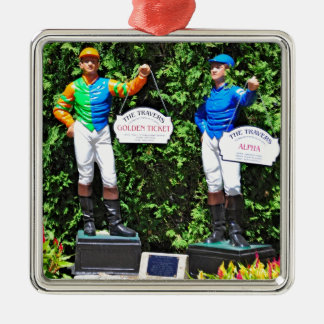 THE 2012 TRAVERS DEAD HEAT ORNAMENT