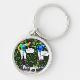 THE 2012 TRAVERS DEAD HEAT Silver-Colored ROUND KEYCHAIN