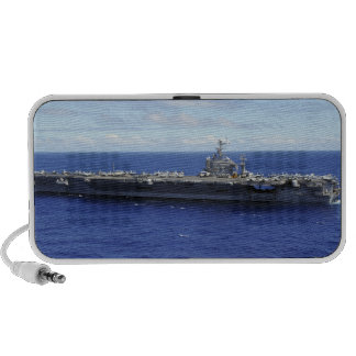 The aircraft carrier USS Abraham Lincoln 2 iPod Speaker
