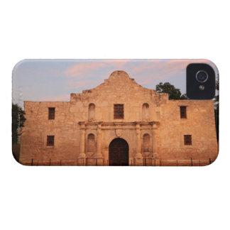 The Alamo Mission in modern day San Antonio, 2 iPhone 4 Case