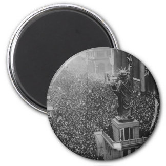 The Announcing of the Armistice 11.11.1918 2 Inch Round Magnet