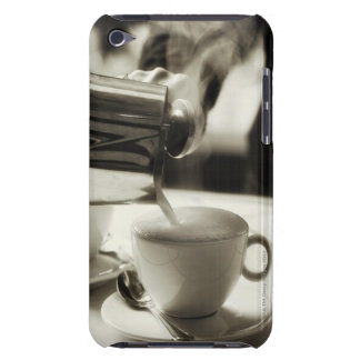 The art of fresh coffee making / adding steamed iPod touch Case-Mate case