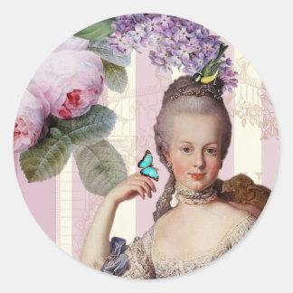 Thé au Petit Trianon – rose - alt design Classic Round Sticker