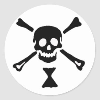 The authentic pirate flag of Emanuel Wynne Classic Round Sticker