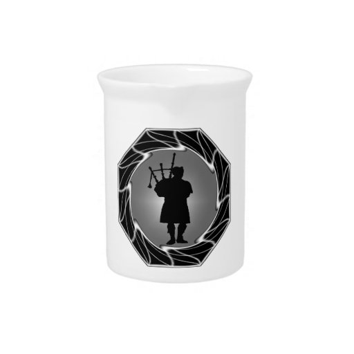 THE BAGPIPERS SPIRIT BEVERAGE PITCHER