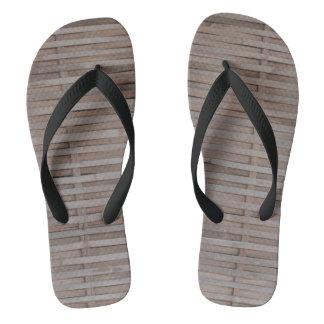 The bamboo weave matting flip flops