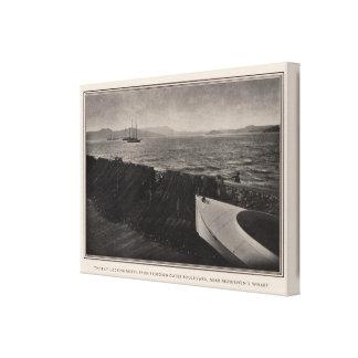 The Bay near Fishermen's Wharf, San Francisco Canvas Print
