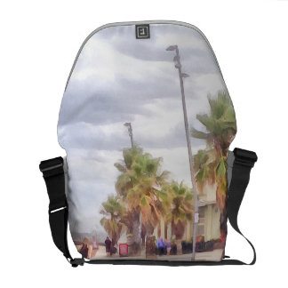 The beachfront courier bag