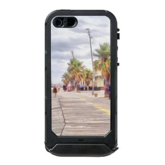 The beachfront waterproof case for iPhone SE/5/5s
