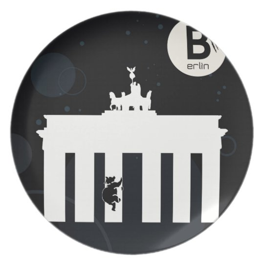The bear on Berlin - Brandenburger gate Plate