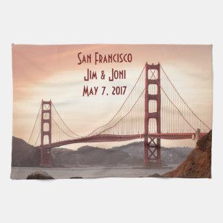 The beautiful Golden Gate Bridge in San Francisco Kitchen Towel