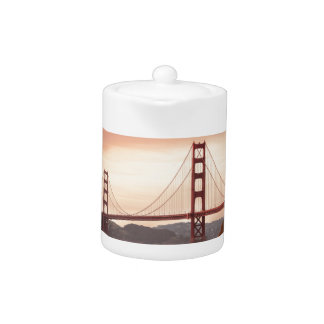 The beautiful Golden Gate Bridge in San Francisco Teapot