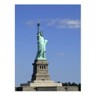 The beauty of the famous Statue of Liberty on Postcard