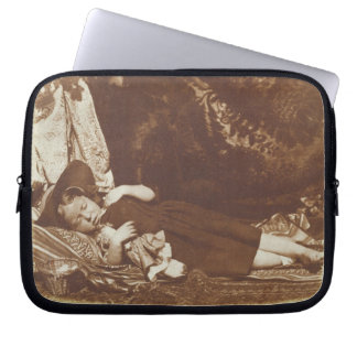 The Bedfellows, c.1843-47 (salted paper print from Computer Sleeves