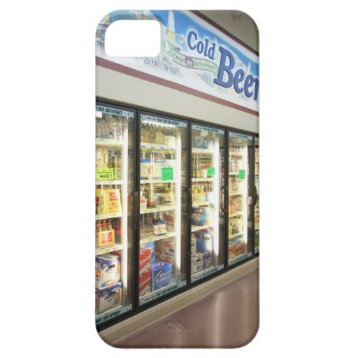 The beer section of an Iowa grocery store. 2 iPhone 5 Cover