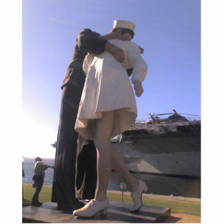 The Big Kiss in San Diego Photo Sculpture