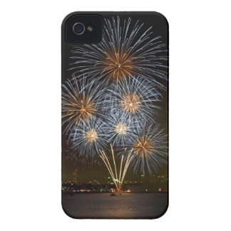 The Bouquet | New Years Eve | Sydney Harbour iPhone 4 Case-Mate Case